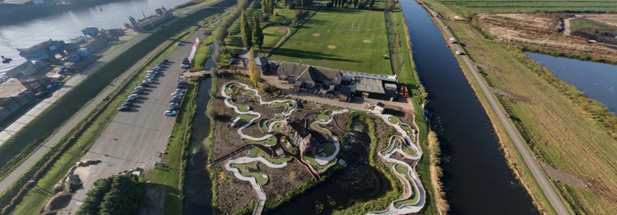 Park IJsselweide van bovenaf gefotografeerd.